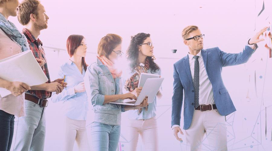 Quanto custa montar uma equipe de marketing digital?